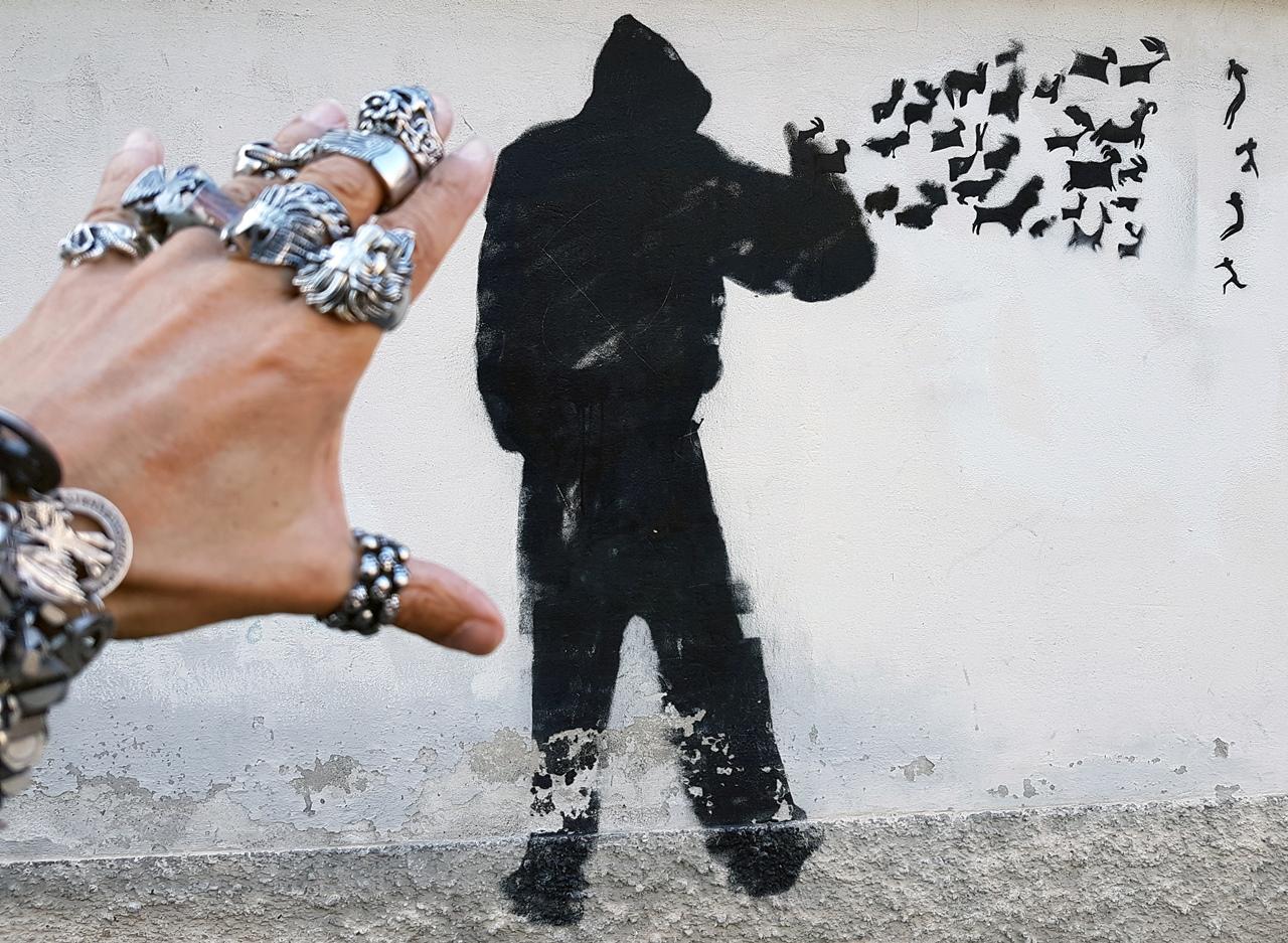 nero-graffito-per-la-gloria